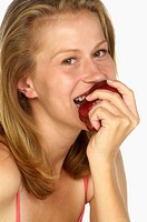 Woman eating a apple