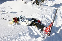 SKIING<BR>Ski fall.
