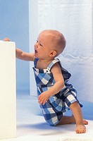 INFANT WALKING<BR>Model.