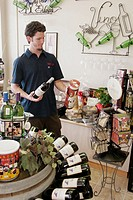 Virginia, Chesapeake, Carafe Wine Makers, White male, shopping, retail display,