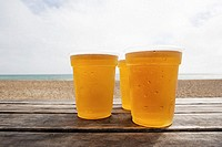 Beers by the beach (thumbnail)