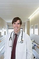 Hospital doctor (thumbnail)