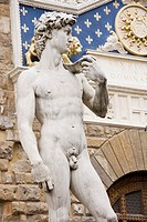 Replica of David by Michaelangelo in the Piazza del Signoria