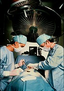Surgeons operating MR#20E