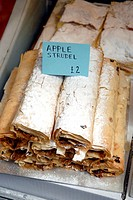 Borough Market,  Apple strudel