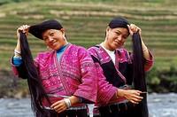 Longshen, Long Hair Yao Women