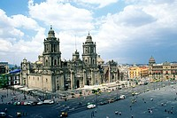 Metropolitan cathedral constructed in the Spanish Baroque style of architecture, it includes a pair of neoclassical towers, Mexico City. Mexico D.F., ...