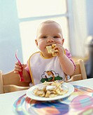 Toddler, eat   8-10 months, child, blond, high chair, Plastiklgabel, fork, smeared, drools, Eierspeise eat nutrition, food, meal, sweets Kaiserschmarr...