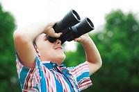 Boy with binoculars (thumbnail)
