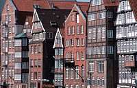 Timber-framed, houses,, Deichstrasse,, Nikolaifleet,, Hamburg,, Germany