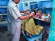 Hairdresser. Jodhpur. Rajasthan, India