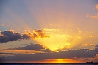 Hawaii, Bright yellow sunset over ocean (thumbnail)