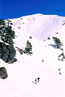 France, Isere (38), Belledonne massif, snowshoes hiking to La Botte summit