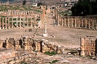 asia, jordan, jerash, roman forum and carlo maximo from zeus temple