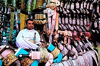 Yemen, the old city of Sanaa, a jambias (djambias) salesman