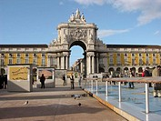 Rua Augusta Arch, triumphal arch at Pra&#231;a do Com&#233;rcio. Lisbon. Portugal