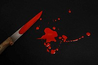 Kitchen-knives, bloody, blood-squirts, knives, blood, bloodstains, blood-tracks, humanly, color red, inattentiveness, misfortune, concept, accident, s...