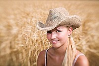Woman, young, hat, grain-field, portrait, smiles at the side, fuzziness series people, women-portrait, 18 years, gaze camera summery sunhat straw hat ...