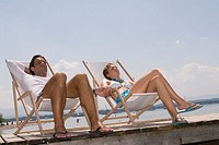 Sea, wood-bridge, pair, deck chairs, holds people relaxen, hands, series, sea shores gravel beach love-pair sits, lies, relaxation, recuperation, rest...