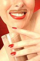 Woman, glass, Trinkschokolade, laughs, portrait, broached,