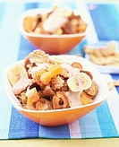 Fruit muesli with banana kefir