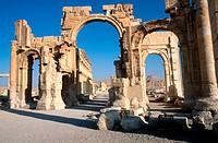 Triumphal arch and main street. Greco-Roman city. Palmyra. Syria