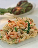 Spaghetti with shrimps, artichokes and green pepper 2