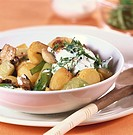 Potato and mushroom goulash