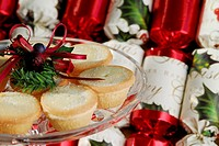 Small Mince Pies and Christmas Crackers