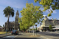 VIsitor Information Centre (Old Post Office) and Shamrock Hotel, Bendigo, Victoria, Australia