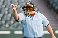 Umpire calling play (thumbnail)