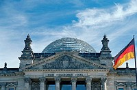 Berlin, Reichstag, Building, with, dome, and, German, flag, Berlin, Germany, Architekt:, Paul, Wallot