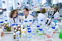 R+D department, biopharmaceutical lab, development and production of innovative drugs using adult stem cells, Cellerix, Grupo Genetrix, Madrid