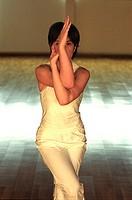 milan, power yoga exercises