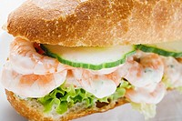 Shrimps in baguette roll