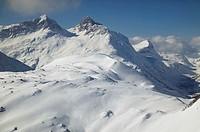 Austria, Vorarlberg, Lech, snowy mountain range