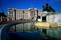 Reflection of a building in water, Queen Victoria Memorial, Buckingham Palace, London, England