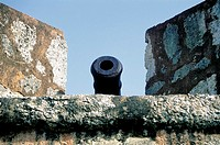 Domenican Republic, Santo Domingo, gun on the fortress