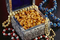 Dry fruit , masala flavored Cashew nuts in metal box