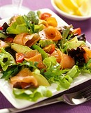 Mixed salad leaves with smoked salmon