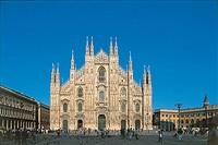 Facade of a cathedral, Piazza Del Duomo, Milan, Lombardy Region, Italy