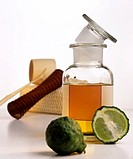 Bergamot oil with kaffir lime, massage roller
