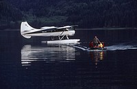 Khutzeymateen Inlet, ecotour clients arrive from floatplane, British Columbia, Canada