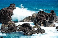 Waves breaking on rocks, Hookipa Beach Park, Maui, Hawaii Islands, USA
