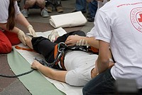 Youth-red-cross Munich, mountain climber, rescue, hurts rescue, supply demonstration,