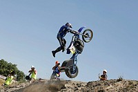 Motorcyclists, Hillclimbing, jump, back view, people, man, Crossfahrer, motorcycle, Crossmaschine, hillside, drives, upward, Motocross skill speed, ra...