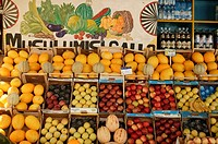 Italy, Sicily, Palermo, fruit-stand