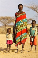 Traditional Samburu woman with children, Samburu, Kenya
