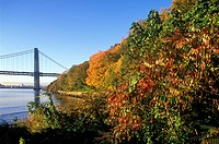 GEORGE WASHINGTON. BRIDGE PALISADES. HUDSON RIVER. NEW JERSEY. USA