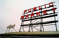 Main sign of Pike Place Market at Seattle, Washington, USA